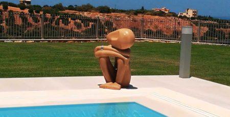 Pool-Figure